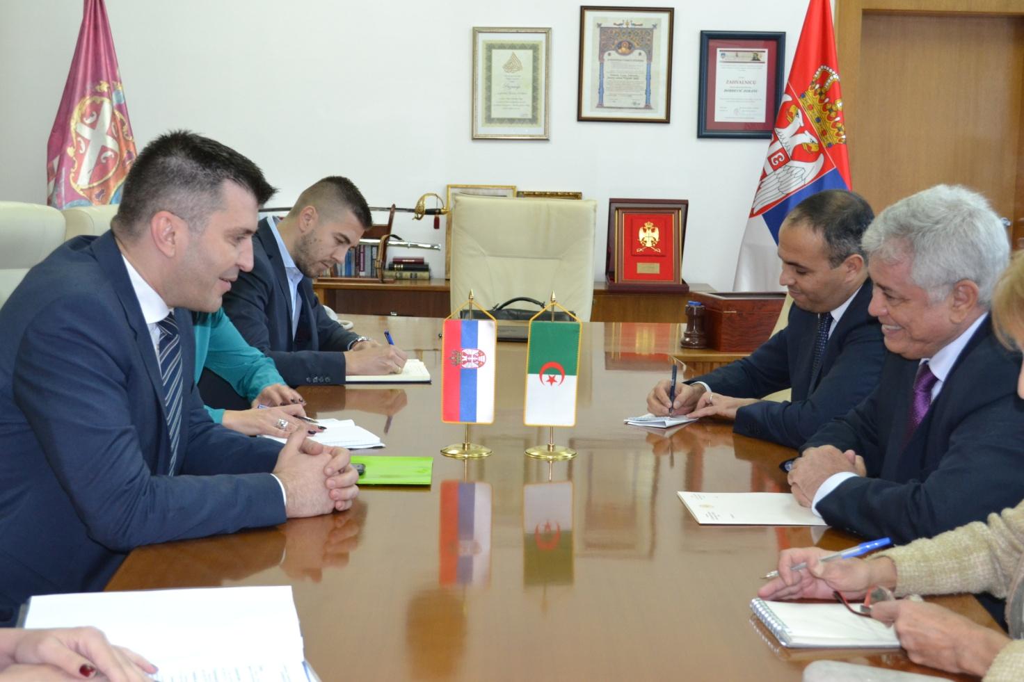 L'Ambassadeur d'Algérie s'entretient avec M. Zoran Djordjevic