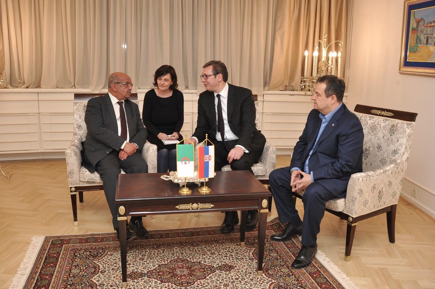 Messahel reçu par le Président Vucic