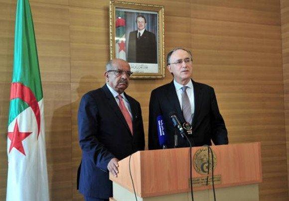 Le directeur général de l'Organisation pour l'interdiction des armes chimiques (OIAC), en visite à Alger