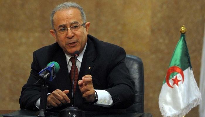 L'Algérie, par la voix de M. Ramtane Lamamra, Ministre des Affaires Etrangères et de la Communauté Nationale à l'Etranger, a annoncé hier la rupture, avec effet immédiat, des relations diplomatiques de l'Algérie avec le Royaume du Maroc