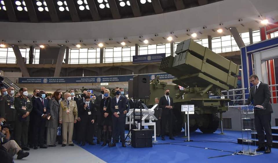 """Le Général de Corps d'Armée Chanegriha, Chef d'Etat-Major de l'Armée Nationale Populaire (ANP) visite l'exposition Internationale d'Armement """"Partner-2021"""""""
